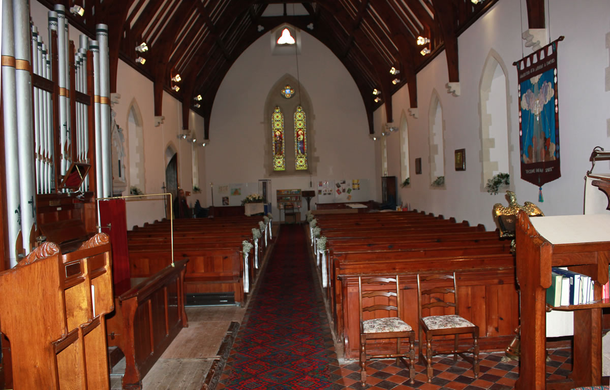 St Barnabas Church - the nave